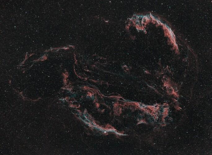 Compressed_cygnus